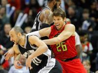 Los Spurs de Ginóbili perdieron en el suplementario con los Hawks