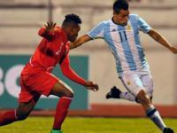 Argentina va por su primera victoria contra Uruguay