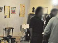 Allanaron un albergue transitorio y detuvieron a un tucumano doble homicida prófugo