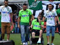 Video: Los tres sobrevivientes del Chapecoense volvieron a su cancha y levantaron la Copa Sudamericana