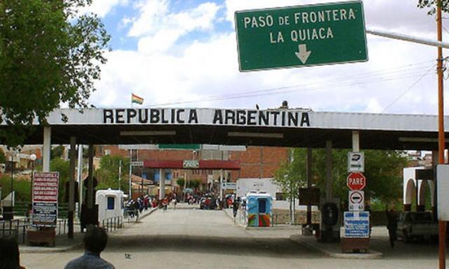El Gobierno busca endurecer la política migratoria — Argentina