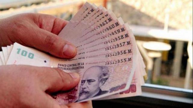 Gobierno dará un bono de hasta $ 3.500 a los empleados estatales