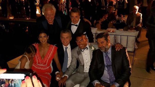 Macri asistirá al casamiento de Tévez en Uruguay