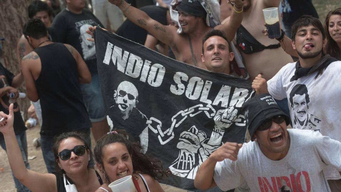 Pettinato puso en duda la enfermedad del Indio Solari