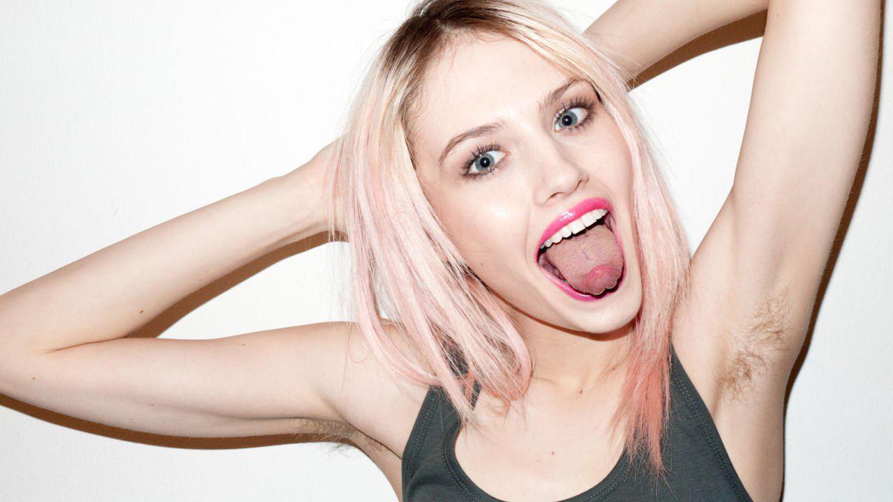 La hija de Madonna luce orgullosa las axilas sin depilar en Miami..