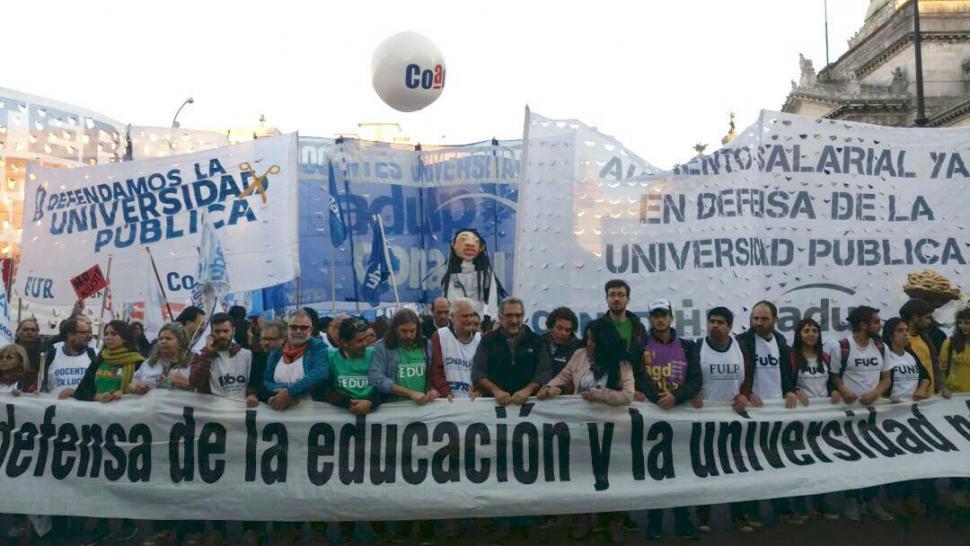 Los docentes se suman mañana a la Marcha Federal — UNR