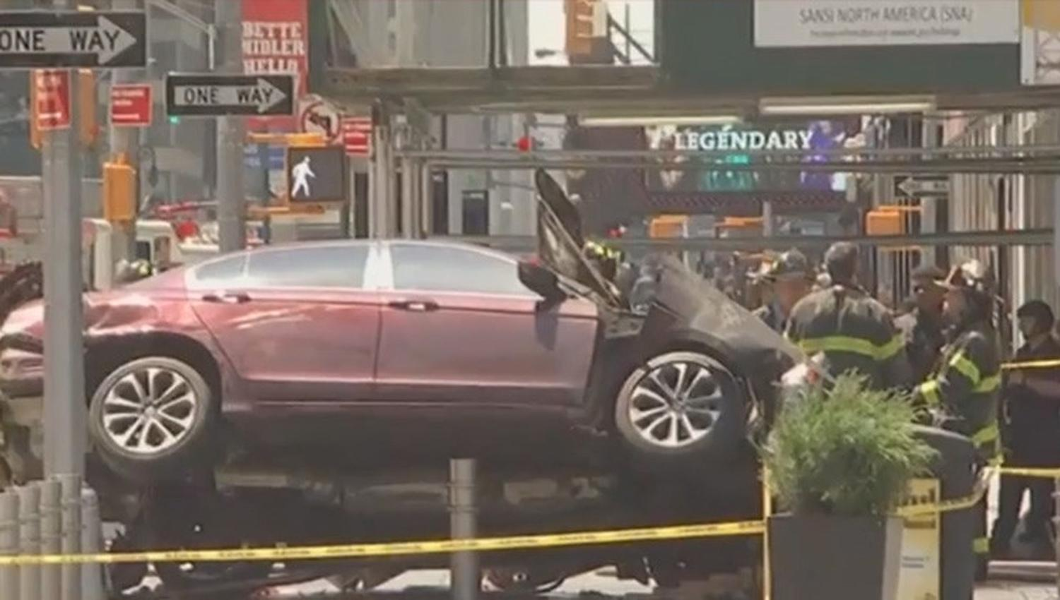 Confirman un muerto por atropello en Times Square