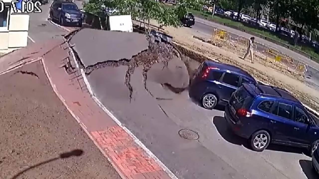La impresionante explosión de una calle en Ucrania