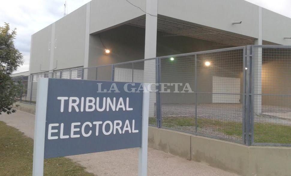 Sólo en seis distritos del país habrá competencia real — PASO