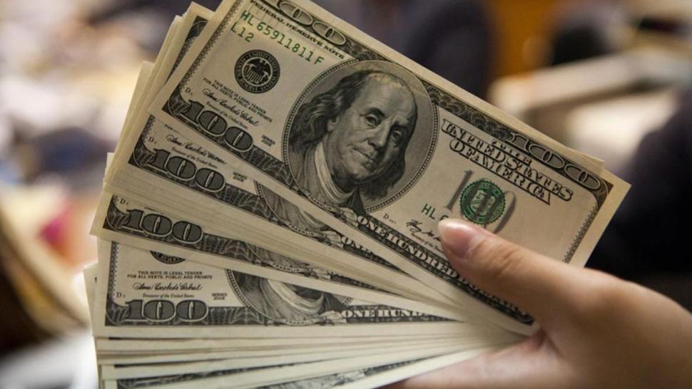 Con las PASO en el horizonte, el dólar avanzó 15 centavos
