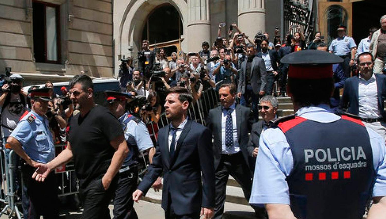 Juzgado catalán cambia sentencia de cárcel a Messi por multa económica