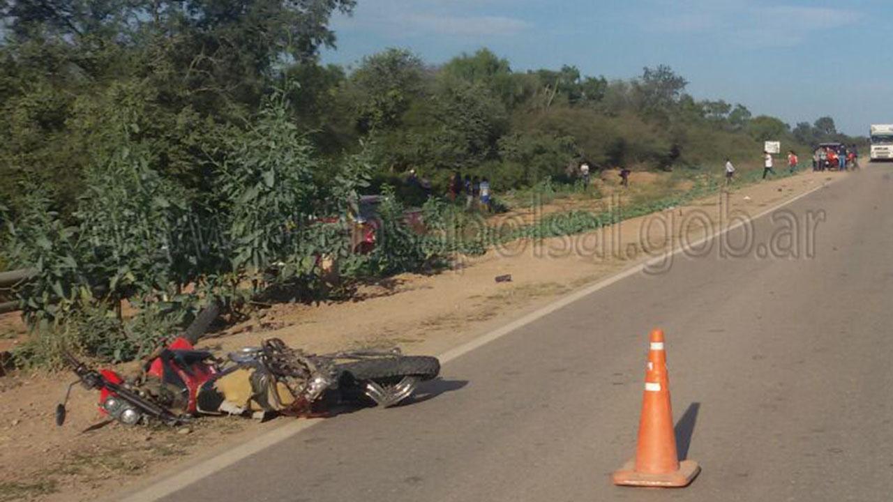 Un intendente atropelló y mató a dos niños wichi en Salta