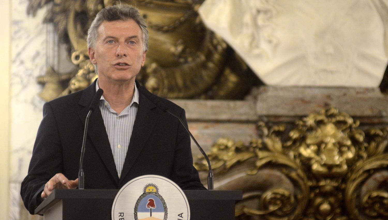 Macri tomó juramento al nuevo titular del Plan Belgrano