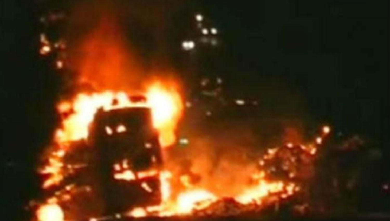 Se incendió un colectivo en Santiago: un pasajero murió calcinado