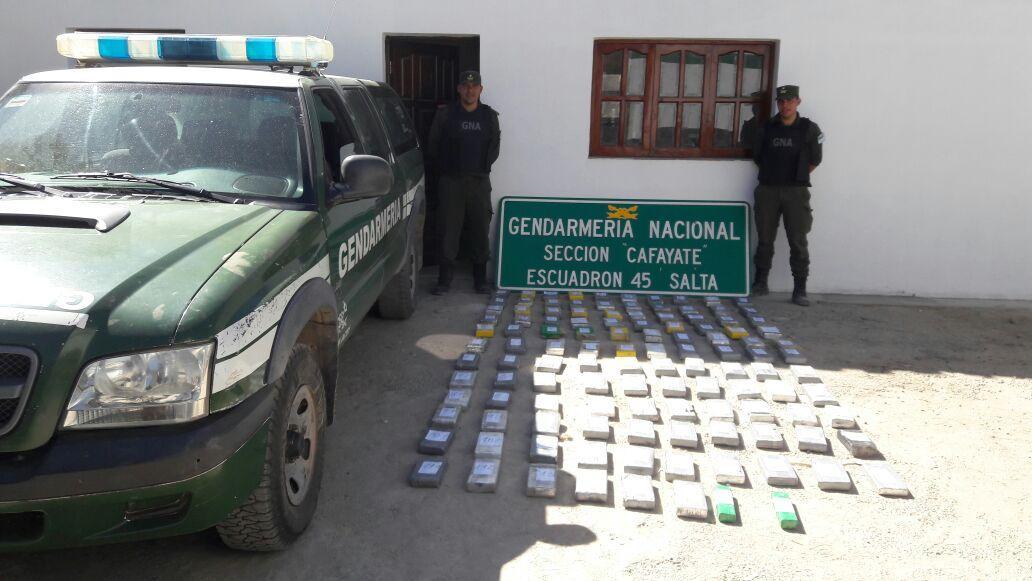 Incautan 120 kilos de cocaína en el límite entre Tucumán y Salta