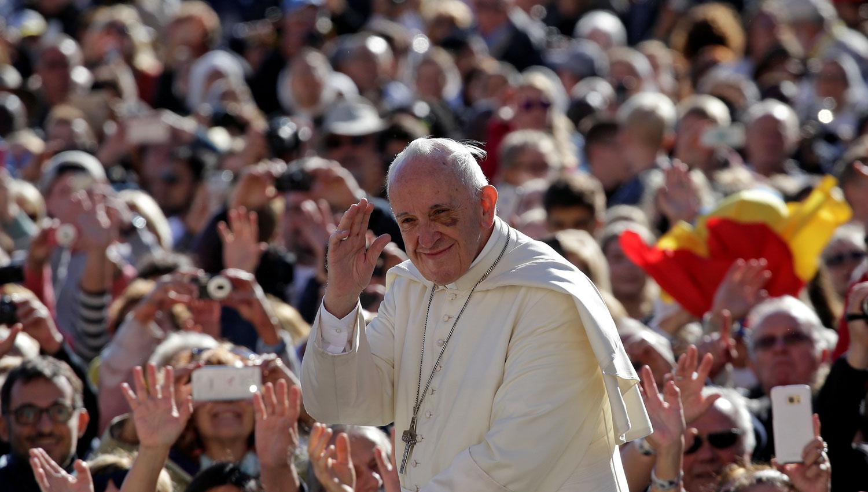 El papa Francisco oró por el