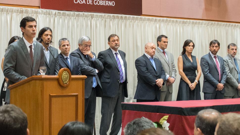 Luego del triunfo de Cambiemos, renunció todo el gabinete de Urtubey — Salta