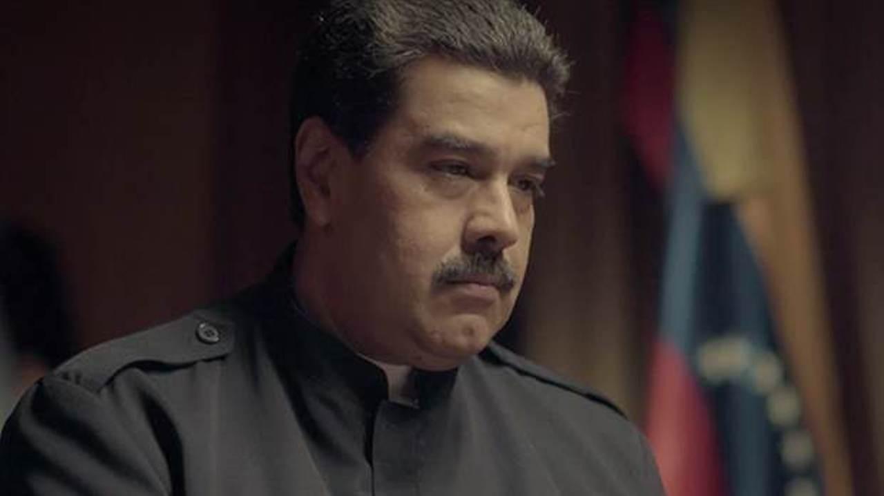 Maduro enfrenta con firmeza a periodista español pese a intentos de acorralarlo