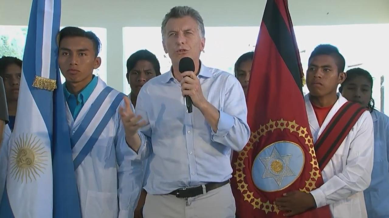 Resultado de imagen para Macri en Misión K2 Pluma de Pato