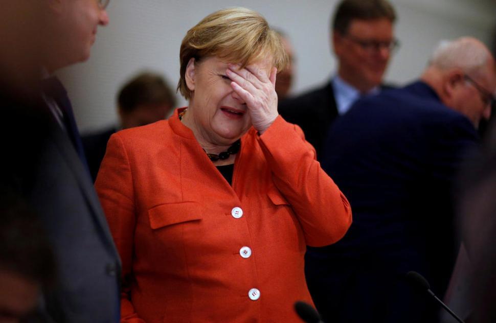 Merkel en horas clave para salvar su gobierno