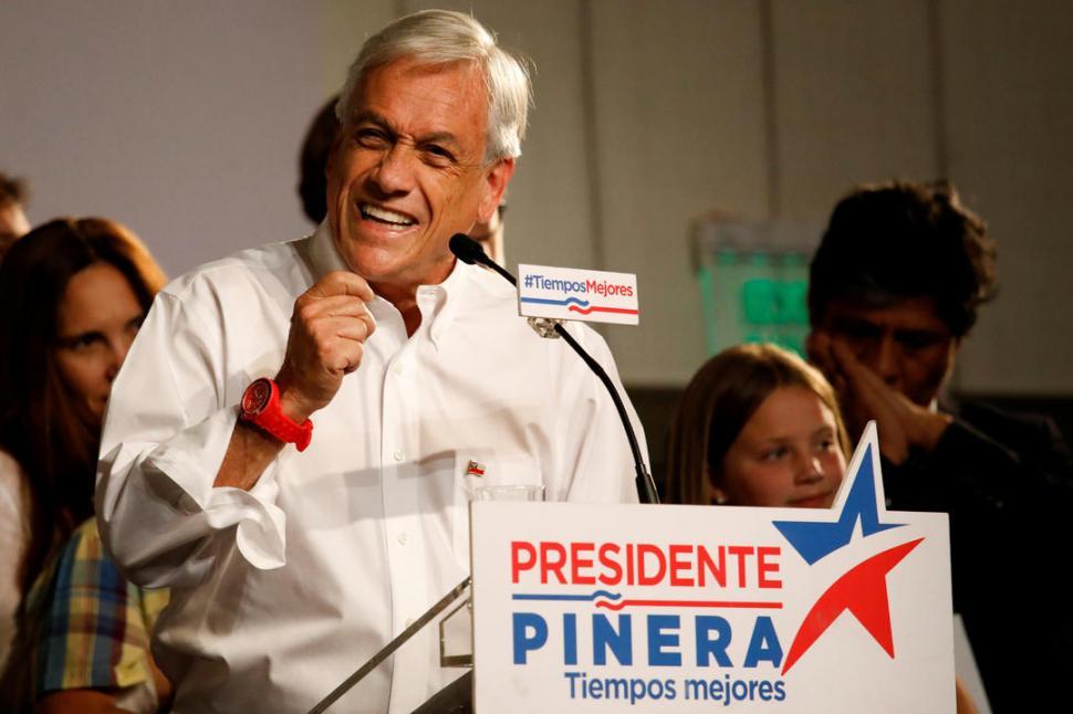 Bachelet se reúne con el candidato oficialista Guillier