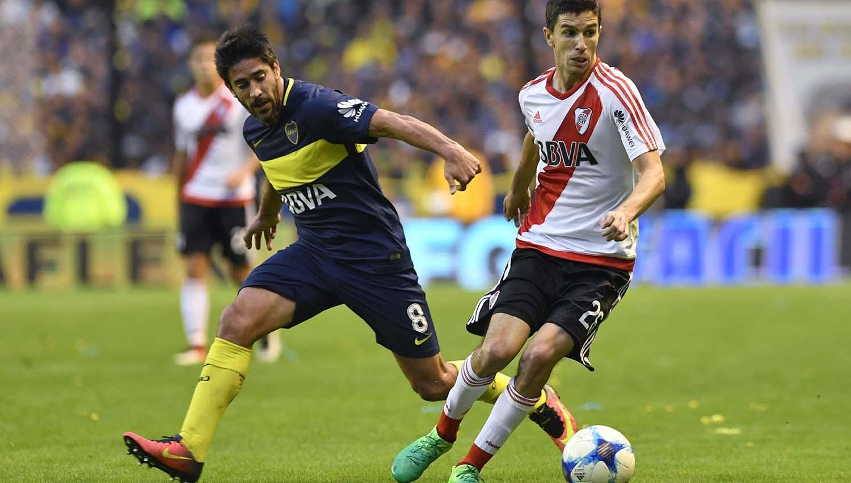 Dos lesiones mantienen en alerta a Guillermo Barros Schelotto — Boca
