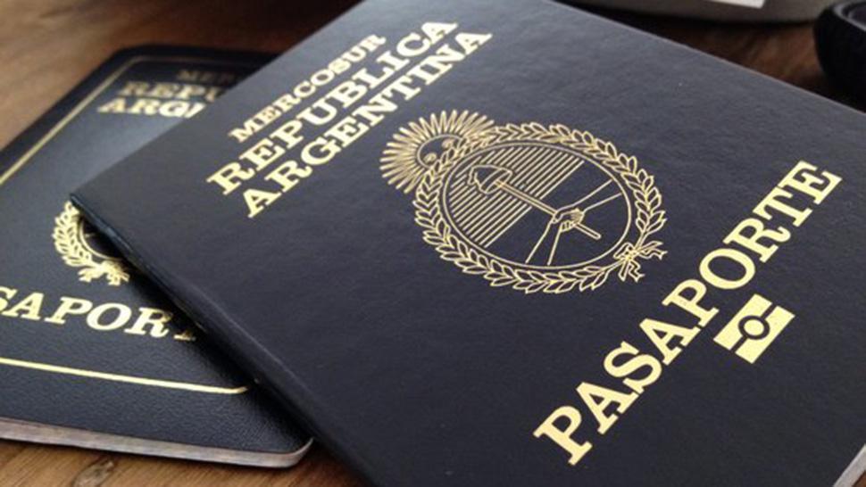 Sacar el pasaporte ahora es un 70% más caro — Todo sube