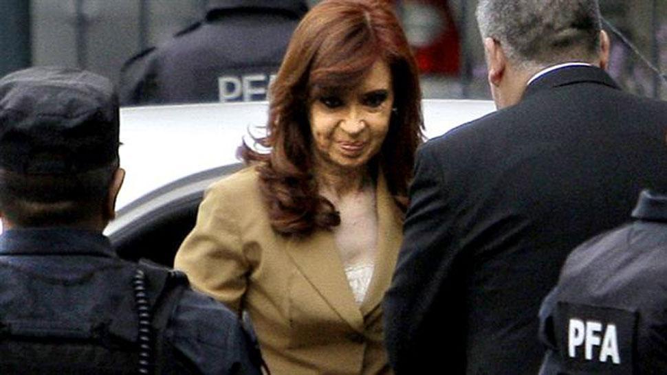 Piden elevar a juicio oral a Cristina Kirchner