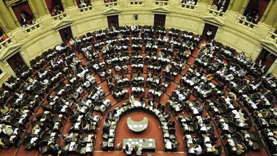 Tras una intensa sesión, se reactiva Diputados por la reforma tributaria