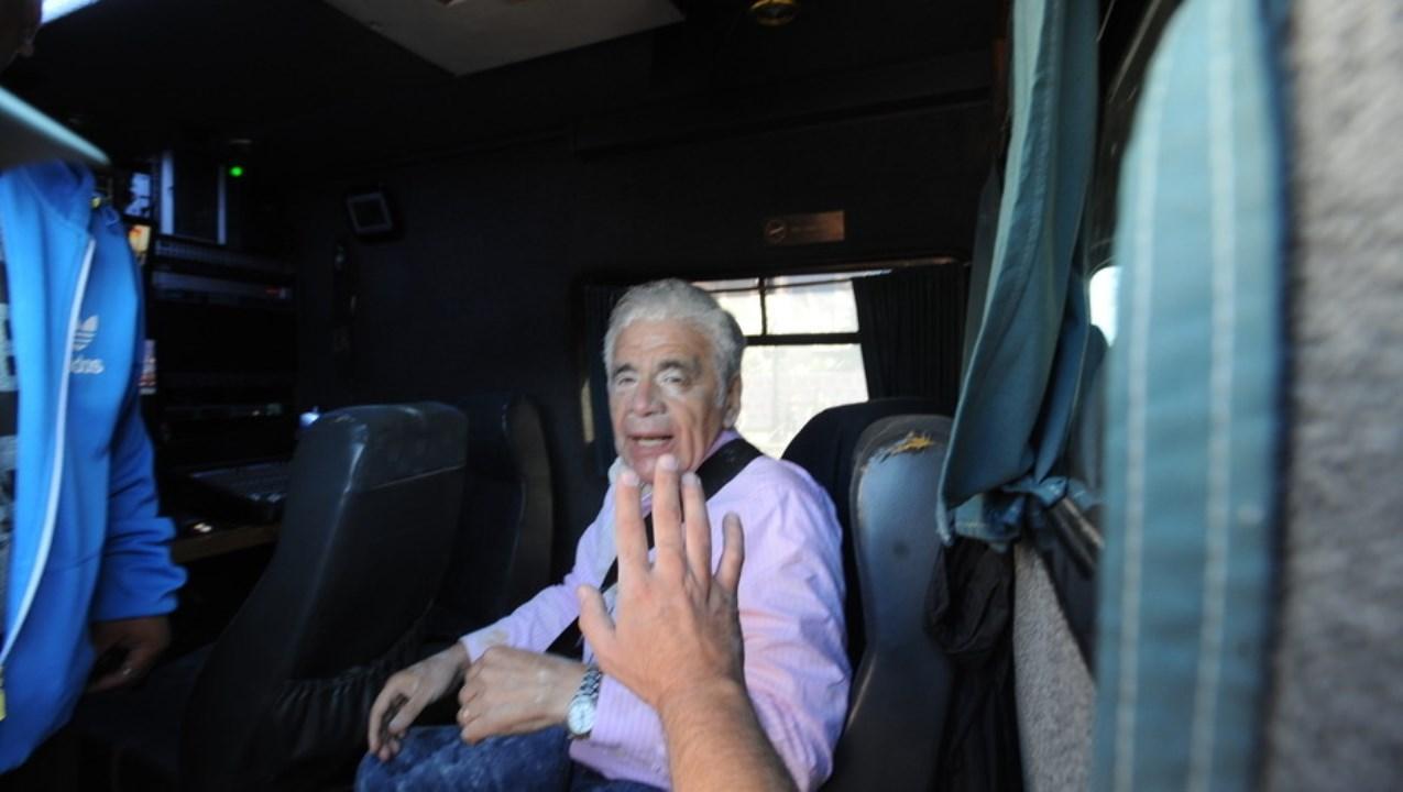 Agredieron al periodista Julio Bazán en las inmediaciones del Congreso