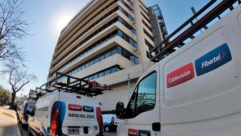 El Enacom aprobó la fusión de Telecom con Cablevisión