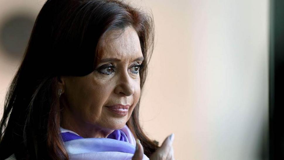 Familiares contra Cristina Kirchner: piden su juzgamiento