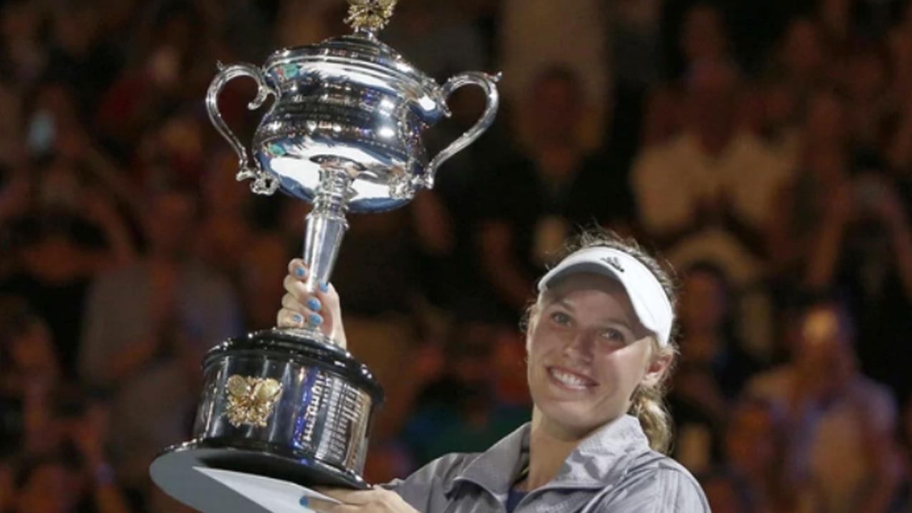 Wozniacki superó a Halep y es la nueva reina de Australia