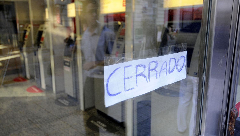 Bancarios convocan a paro para el viernes 9 de febrero