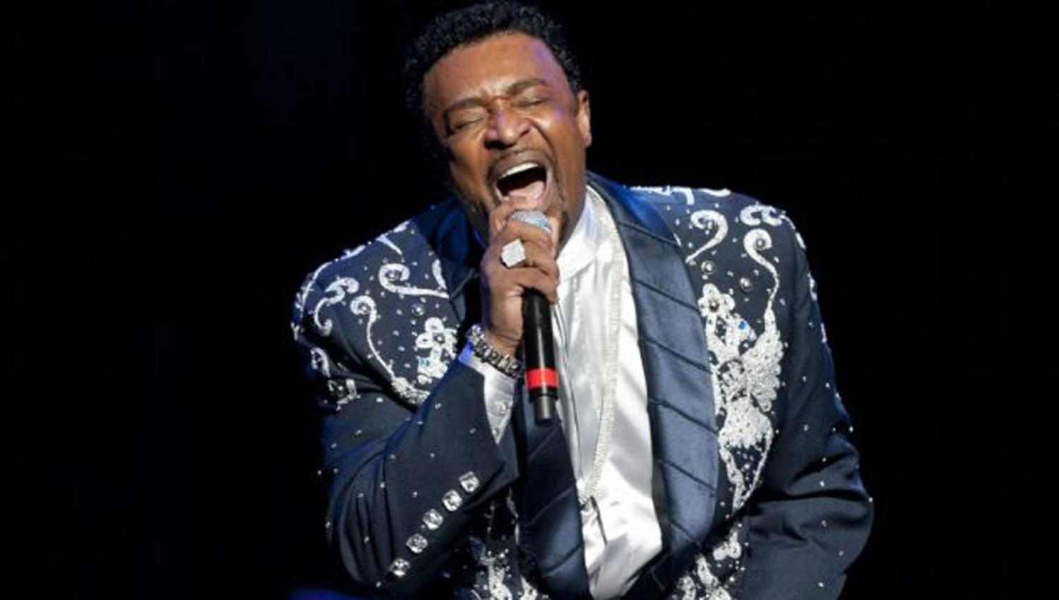 Fallece Dennis Edwards, vocalista de The Temptations