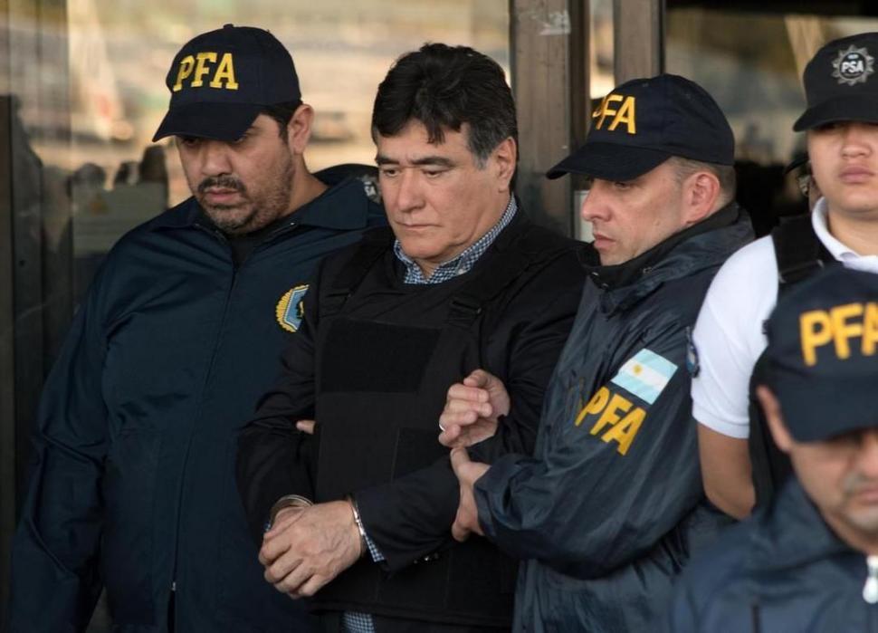 Solanas denunció a Caputo por omisión maliciosa de bienes