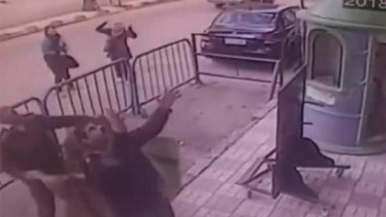 Niño cae de tercer piso y es atrapado por policía