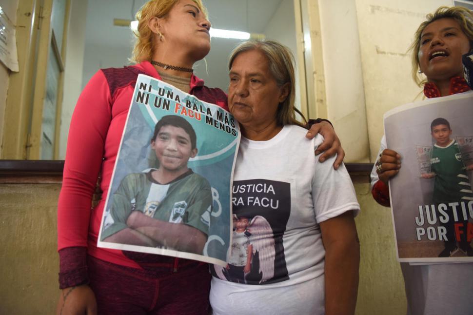 Policía asesinó a un niño de doce años — Tucumán