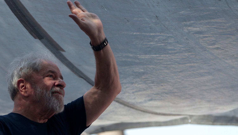 Prohíben manifestaciones y acampes frente a la prisión de Curitiba — Lula preso