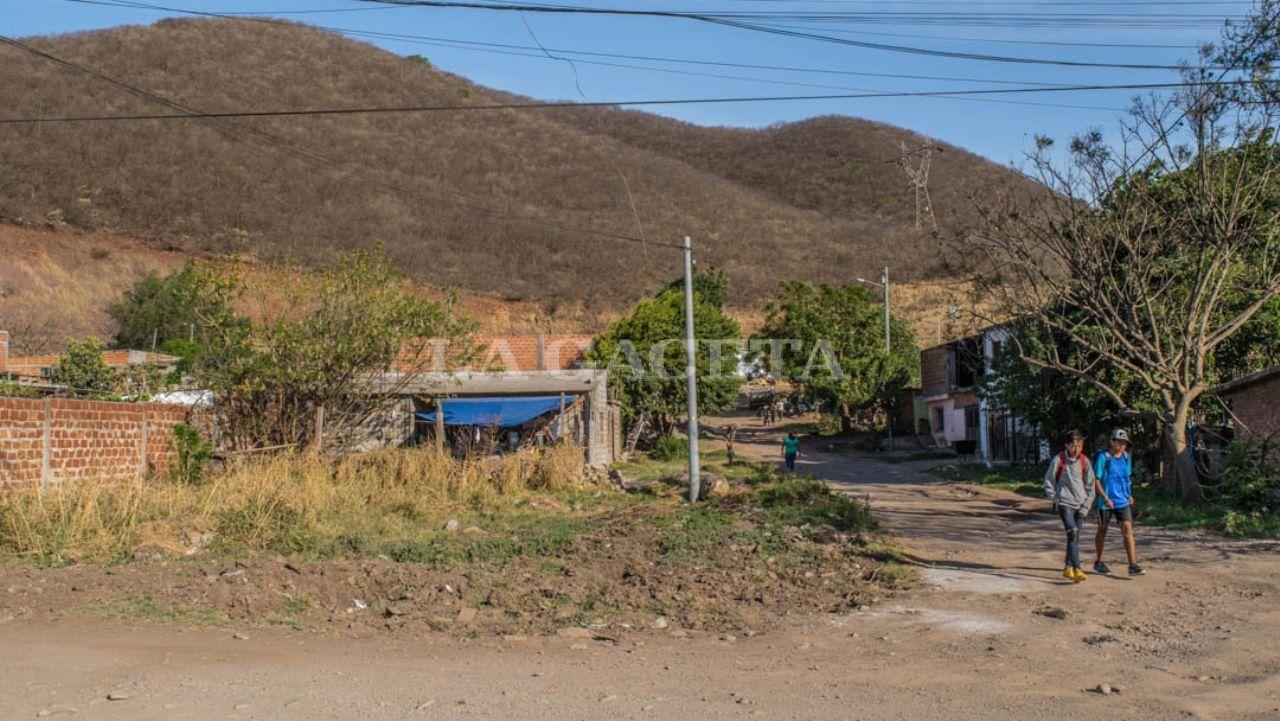 Gobierno quiere expropiar asentamientos precarios y dar títulos de propiedad