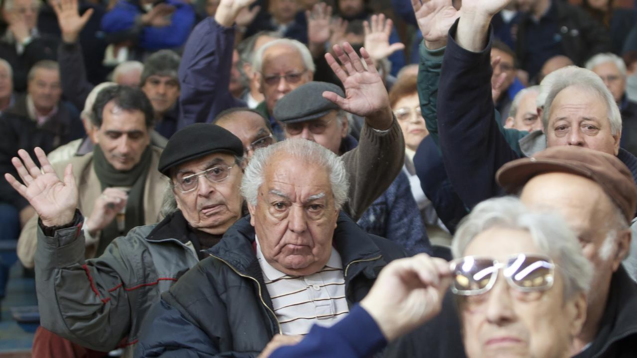 Nación oficializó la suba del 5,69% para jubilados y AUH
