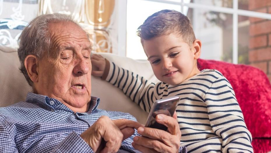 Posta: Por qué se celebra hoy el Día del Abuelo?