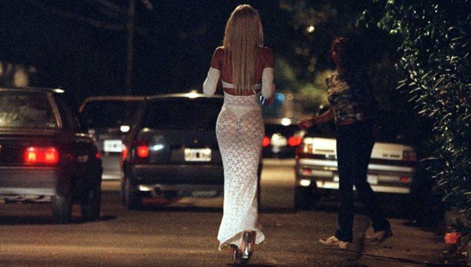 cuanto cobran las prostitutas prostitutas transexuales madrid