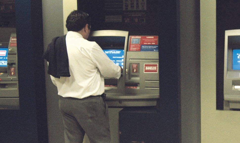 El pr ximo lunes no abren los bancos la gaceta salta for Manana abren los bancos en espana