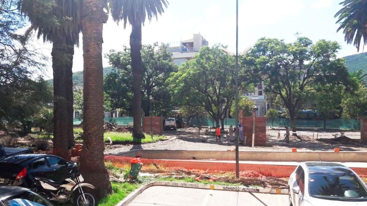 La Copaus acusó a la Municipalidad de hacer una obra sin permiso