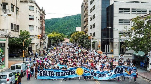 Aborto provida pro vida manifestacion marcha rechazo