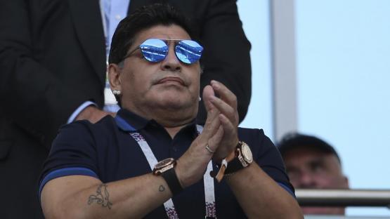 """Video: """"volvería a dirigir la Selección, y lo haría gratis"""", dijo un emocionado Maradona"""
