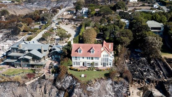 California: increíbles imágenes de las mansiones de los famosos devastadas por el fuego