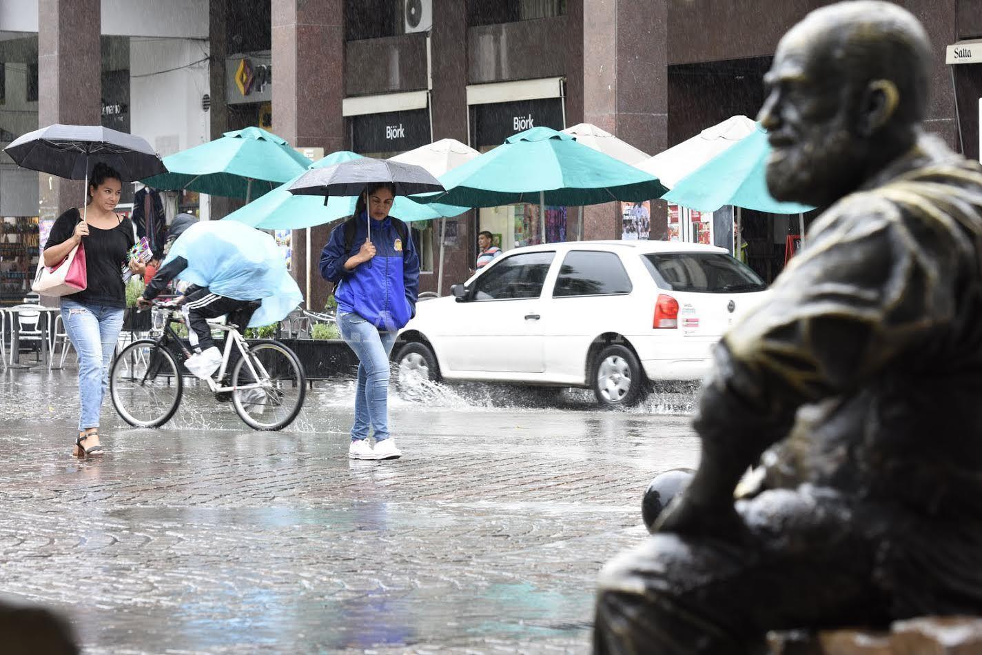 La semana arranca con alerta por tormentas para Córdoba