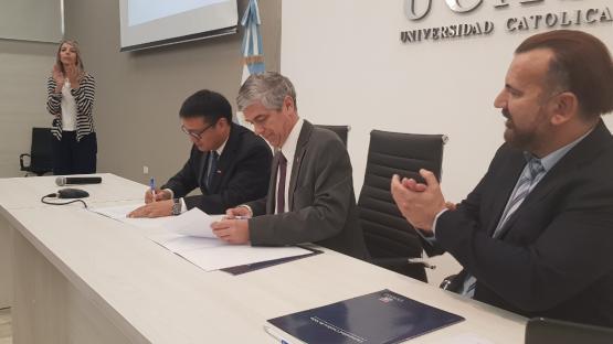 La Ucasal abre camino para nuevas oportunidades académicas y de negocios con China